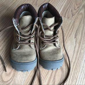 Oshkosh B'GOSH Kids Faux Suede Hiking Boot Shoe